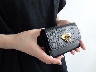 型押しクロココンパクト三つ折り財布<ブラック>の画像
