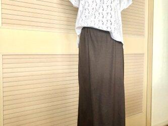 送料込・前後ワンタックで足長シルエットのワイドパンツ濃茶・ウエストゴム・マキシ丈の画像