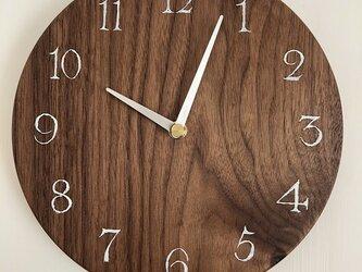 ウォールナットの時計Lの画像