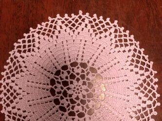 手編みレースドイリー直径約17cmの画像