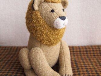 【受注制作】やさしいライオンの画像
