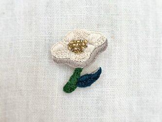 夏の花ブローチ(white)の画像
