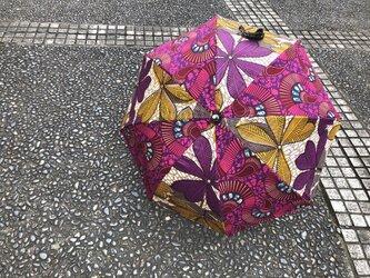 e173-アフリカ布日傘の画像