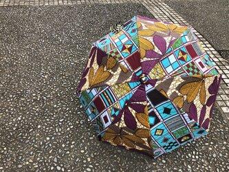 e174-アフリカ布日傘の画像