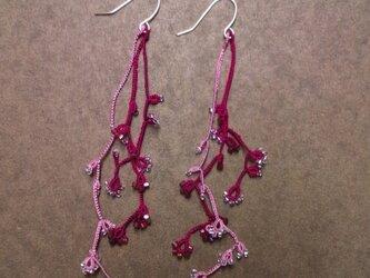 絹糸の枝のピアス redの画像