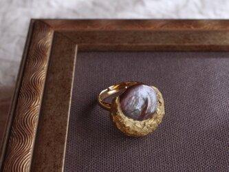 月と真珠の指輪 -A- 本金箔/真鍮 k16gp フリーサイズリング r-92-4の画像