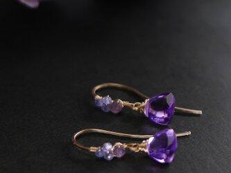 #781★アメジストの紫陽花カラー装飾フックピアスの画像