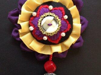 刺繍ブローチ(オリエンタル)の画像