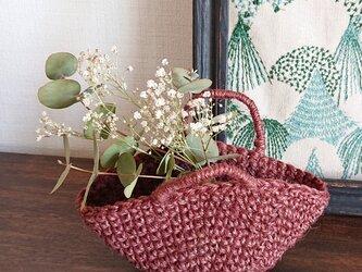 珈琲色の糸で編んだミニバッグの画像