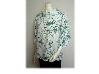 48 浴衣リメイク可愛いレトロ衿プルオーバーシャツ(白×抹茶色)の画像