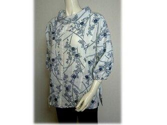 49 浴衣リメイク可愛いレトロ衿プルオーバーシャツ(白×紺)の画像
