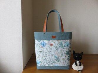 ブルー系イルマとウオッシュ加工帆布のビッグトートバッグの画像