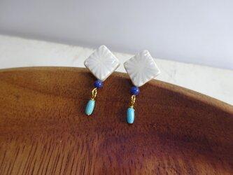 彫モヨウのソーダライト+ターコイズpierce/earringの画像