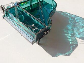 万華鏡 湖色のピアノの画像