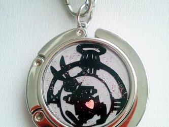 バッグハンガー(ウサギと時計)の画像