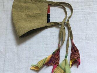 オリーブ色のリネンマスク(インドの布)の画像