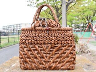 山葡萄(やまぶどう)籠バッグ | 3層六角花編み | 巾着と中布付き | (約)幅32cmx高さ25cmx奥行12cm | 新品の画像
