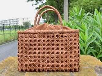 山葡萄(やまぶどう)籠バッグ | 格子模様編み | 巾着と中布付き | (約)幅30cmx高さ20cmx奥行8cmの画像