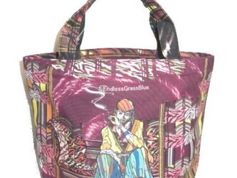 話題の切り絵作家SouMaがデザインしたCoolなトートバッグの画像