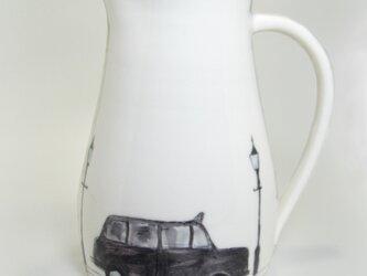 イギリス作家の手作り水差し「ロンドン タクシー」の画像