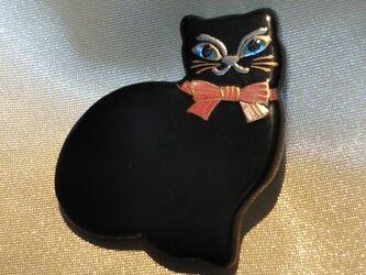 蒔絵ブローチ 黒猫 桜の画像