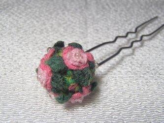 3D手刺繍/小さな薔薇のUピンの画像