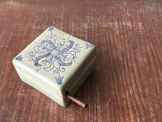 バターケースハーフ  呉須絵オランダ紋(ナイフ付)の画像