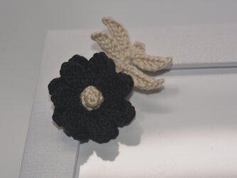 お花ブローチ・黒の画像