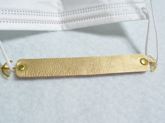 【送料無料】本革マスクフック(ゴールド×ピンク・ゴールド金具)の画像