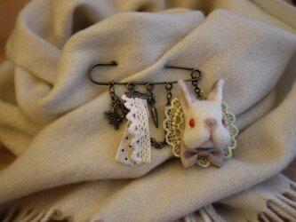 羊毛うさぎサン☆ストールピン ネザーランドドワーフの画像