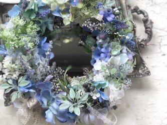 紫陽花とラベンダーのリースの画像
