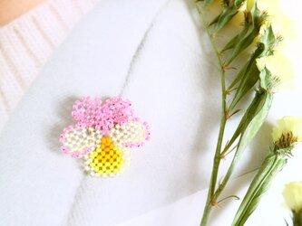 1輪売りパンジーのブローチ(C)*ピンク・イエロー系の画像