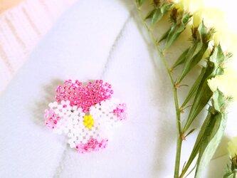 1輪売りパンジーのブローチ(D)*ホワイト・ピンク系の画像