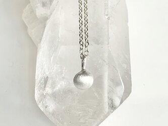 銀の一粒・ネックレス8mmの画像