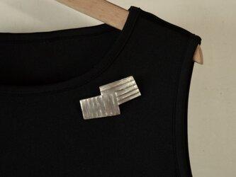 ブローチ(銀彩) 縞-4の画像