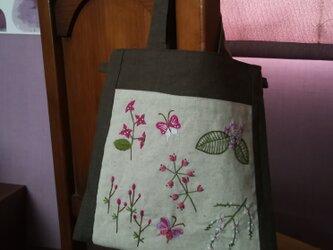 Petite Fleur*Tote☆手刺繍ミニトート☆リネンのパッチワークミニトートの画像