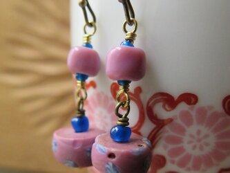 アンティーク ファンシー ピンク&水色マーブル + 青 ピアス&イヤリング  百世 momotose(西)の画像