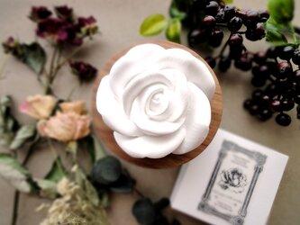 アロマストーン ■ 女王の薔薇 ■6種類から香りが選べるの画像