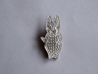 ブローチ (銀彩)ウサギ-3の画像