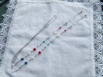 カラフルなビーズのメガネチェーン(銀鎖) M7の画像