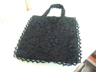 黒アイリッシュレースのトートバッグの画像