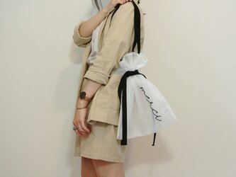 ●オフホワイト●シアー2WAY巾着バッグ ショルダーバッグ 手刺繍●シースルー オーガンジー メッシュの画像