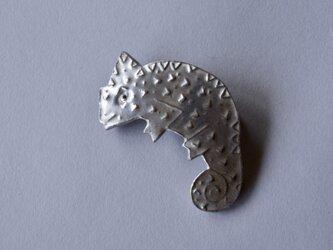 ブローチ(銀彩) カメレオン-1の画像