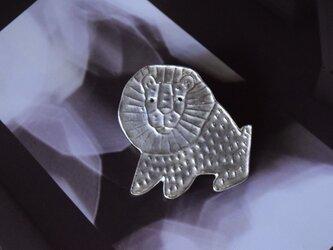 ブローチ(銀彩) ライオン-1の画像