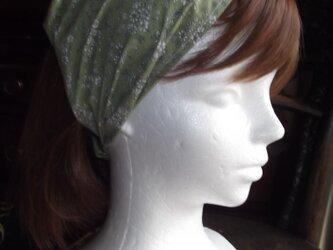 再販:グリーンの小花柄のワイドヘアバンドの画像