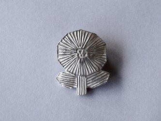 ブローチ(銀彩) 花-11の画像