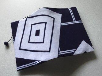 0805 「たかじん様ご予約ページ」 文庫サイズブックカバー 浴衣地 三升の紋の画像