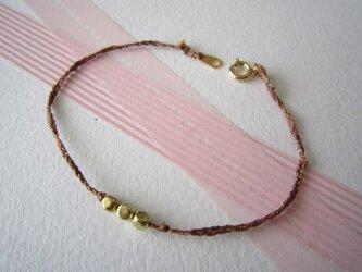 Silk yarn bracelet☆(茶)の画像