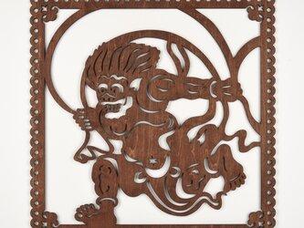 ビッグウッドフレーム「風神」(木の壁飾り)の画像