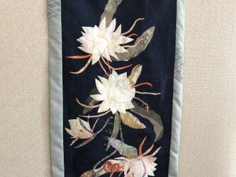 ヴィンテージ着物から布絵 月下美人タペストリーの画像